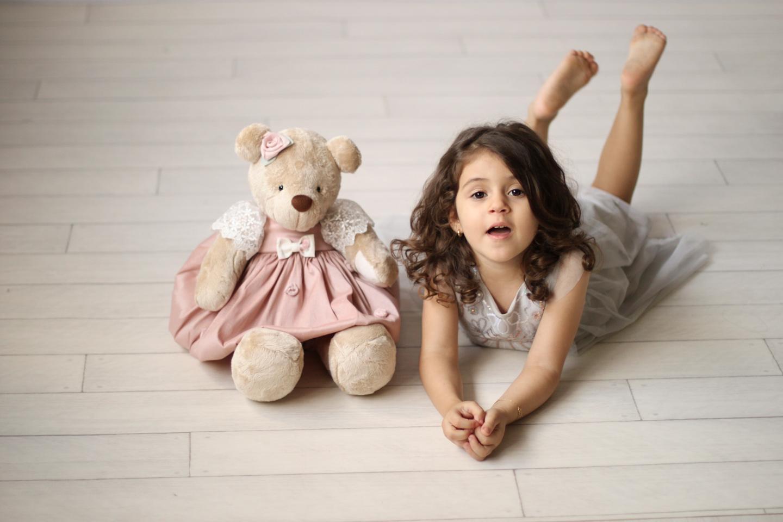 Entenda por que o bicho de pelúcia é importante para a criança