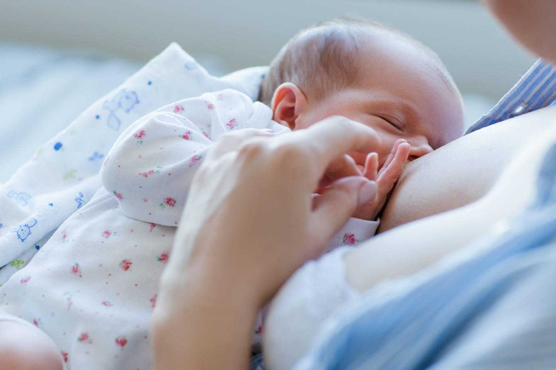 Benefícios do leite materno que você não conhecia